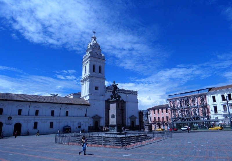Square and Church of Santo Domingo, Quito, Ecuador.