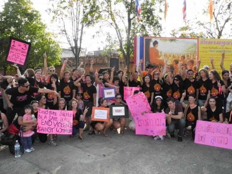 Another 'One Billion Rising' photo in Chiang Mai, Thailand. Image from Facebook page of Lisa Kerry