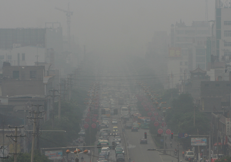 Smog in Linfen, China. The city has been named one of the world's most polluted by various organizations. Photo by Flickr user sheilaz413. CC BY-NC-ND 2.0