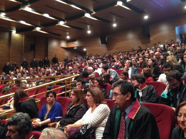 Efkan Bolaç shares this photograph of the court room full of attendees (Source: Twitter)