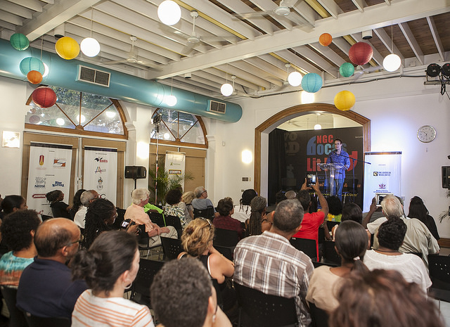 A cross-section of the crowd at one of the Bocas LitFest 2014 readings. Photo by Marlon James, used with permission.