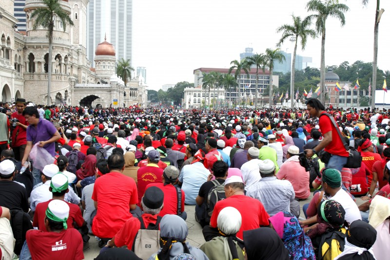 Sea of people came to support the anti-GST rally on Labour Day in Kuala Lumpur. Photo by Danny Chan, Copyright @Demotix (5/1/2014)