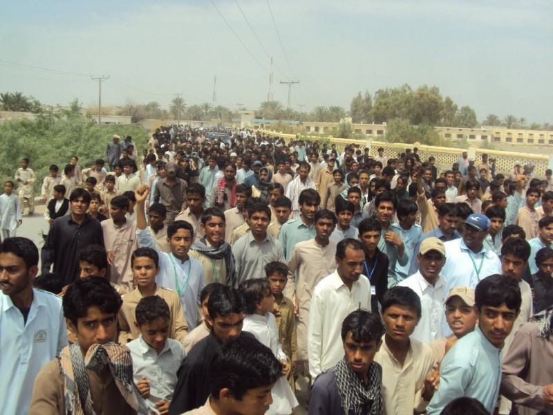 Thousands march against closure and intimidation of schools in Panjgur, Balochistan. Photo from Baloch Hal. Used with permission.