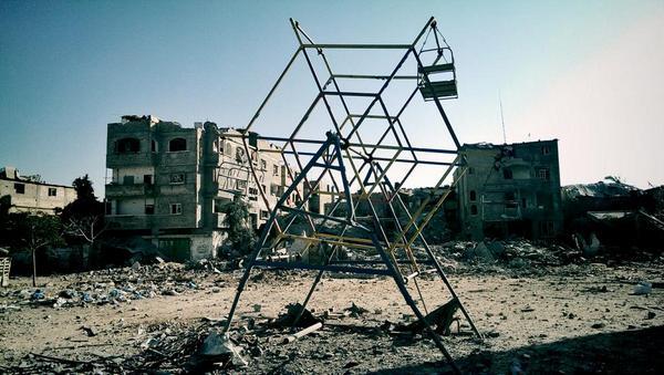 "Tweeted by photojournalist Lazar Simenov @Lazsim ""Apocalyptical scenes in Beit Hanoun. #Gaza #Palestine #Israel"""