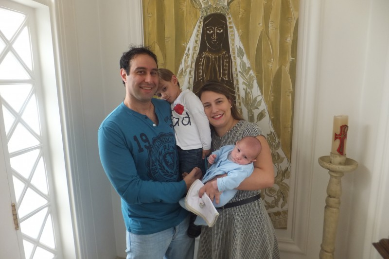 The Young Syro-Brasilian Hames family. Photo used with Rami permission