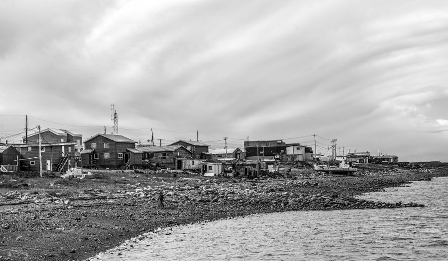 The shore of Arviat. Photo by Paul Aningat (CC BY-NC-ND 2.0)