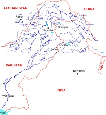 The Indus river system, which flows in North of India and Pakistan is formed by major rivers of Indus, Jhelum, Chenab, Ravi, Beas and Sutlej. Image from Wikipedia by kmhkmh. CC By 3.0