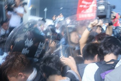 A photo taken by Ng Cheuk Hang when he among other photo-journalists were cornered and pepper-sprayed at.
