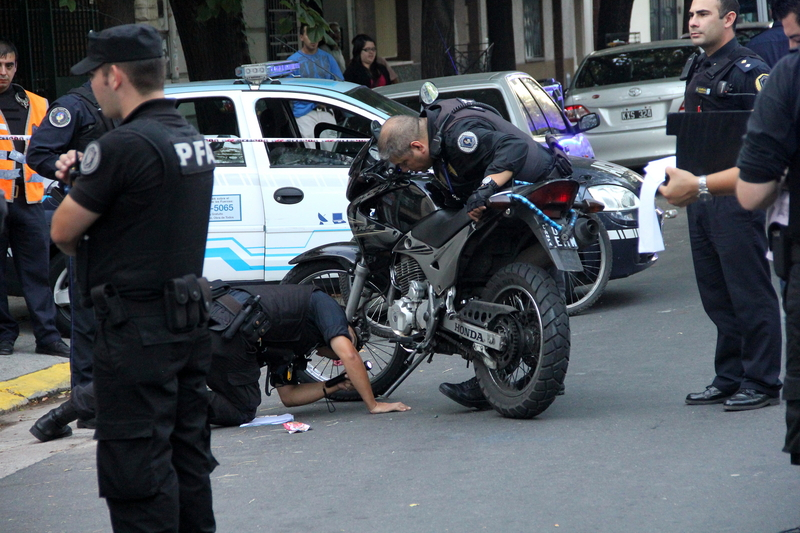 Alleged criminal arrested for motorcycle theft, Buenos Aires, April 19, 2012, by Claudio Santisteban. Demotix.