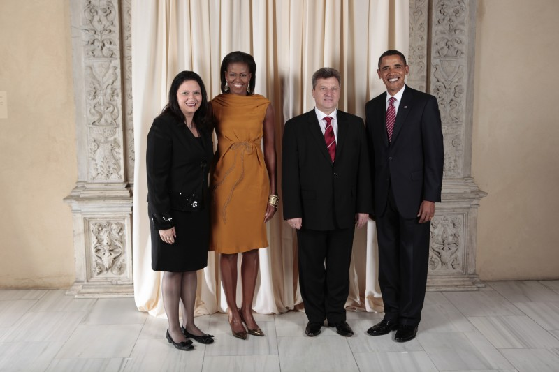 Macedonia President Gjorge Ivanov and his wife, Maja Ivanova, with U.S. President Barack Obama and First Lady Michelle Obama during a reception at the Metropolitan Museum in New York in 2009. Official White House photo by Lawrence Jackson. This photo is public domain.