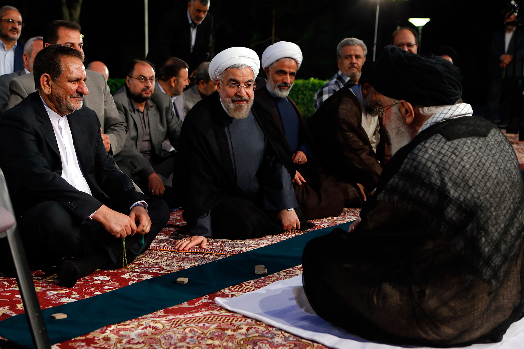 Iranian president Hassan Rouhani and his cabinet meet with Ayatollah Khamenei. Photo: Khamenei.ir