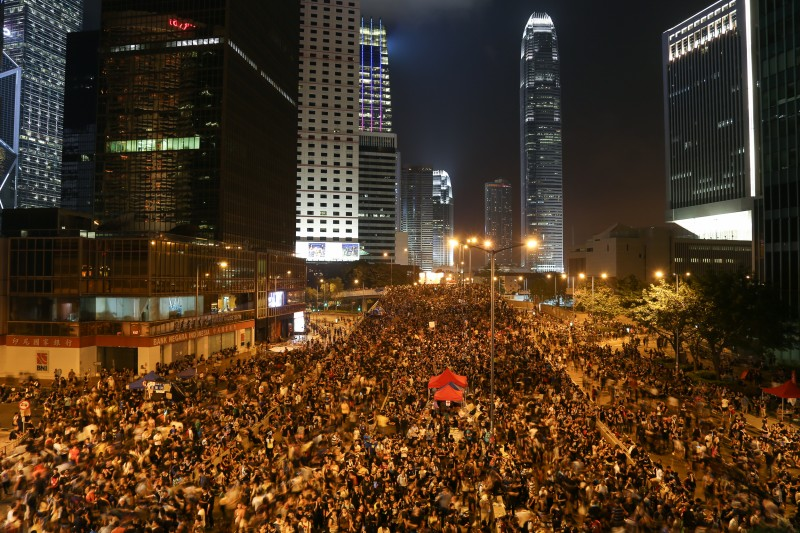 Pro-democracy protesters in central Hong Kong on October 1, 2014. Photo by Flickr user Mario Madrona. CC BY-NC-SA 2.0