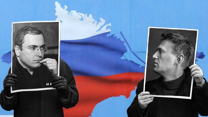 Russian opposition leaders Khodorkovsky and Navalny speak out on Crimea. Images mixed by Tetyana Lokot.
