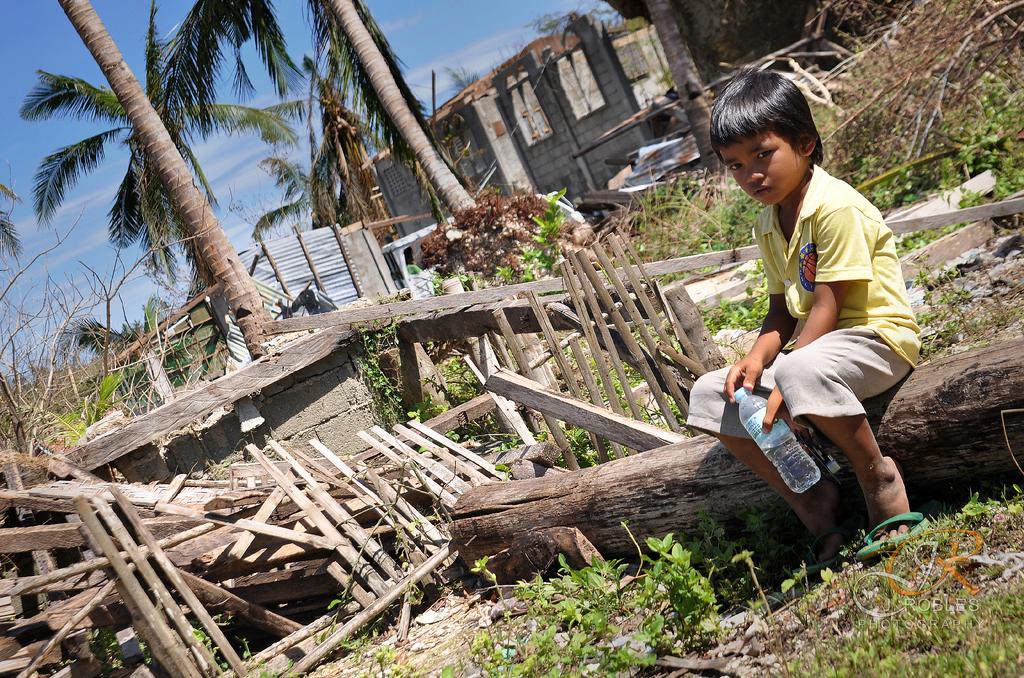Aftermath of Typhoon Haiyan (Yolanda). Photo by Flickr user joemeth robles. CC BY-NC-SA 2.0