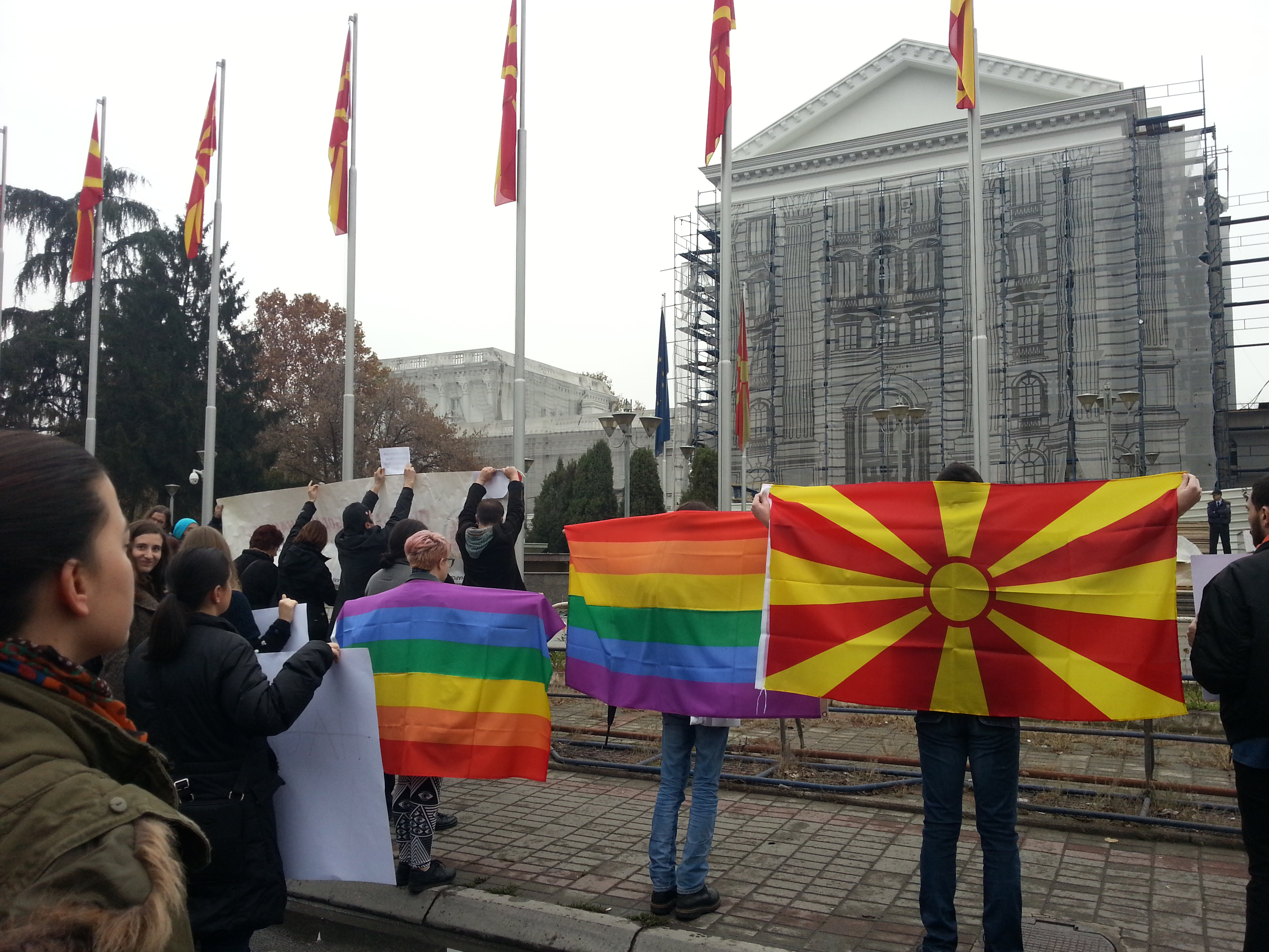 Activists stand in silent protest in front of the building of the Government of Republic of Macedonia in Skopje, November 16, 2014. Photo: F. Stojanovski, CC-BY.