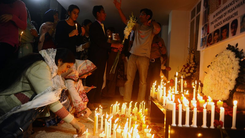 A candle light vigil and were held at the Pakistan High Commission in Bangladesh, this evening in remembrance of the innocent victims of the massacre at the Army public School peshawar.