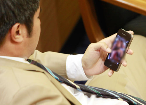 Democrat Party MP Nat Bantadtan from Thailand admitted that he accidentally clicked a pornographic picture during a Parliament debate in April 2012. Photo widely shared on Facebook