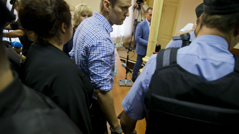 Alexey Navalny in a Russian court. Image from Wikimedia Commons.