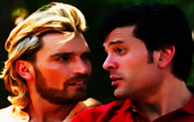 The characters Ulisses (Julián Gil) and Roberto (Marcelo Córdoba) in Sortilegio. (Photo: YouTube/Reproduction)