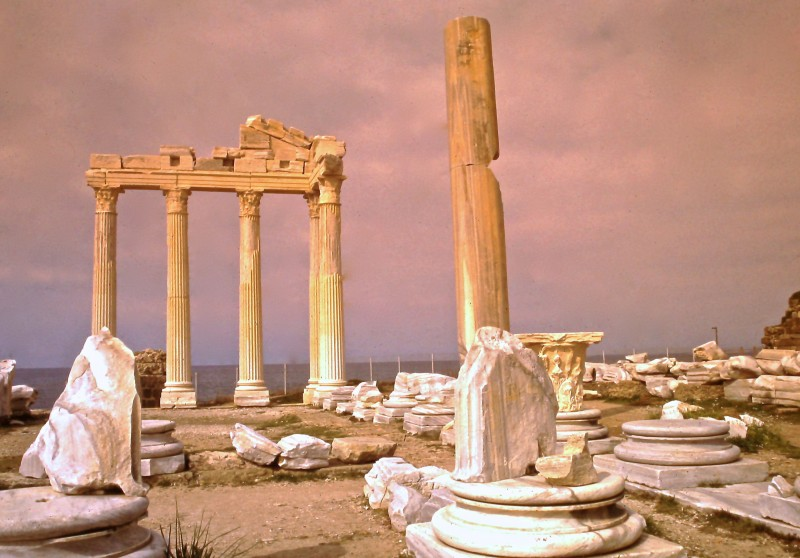 apollos_temple