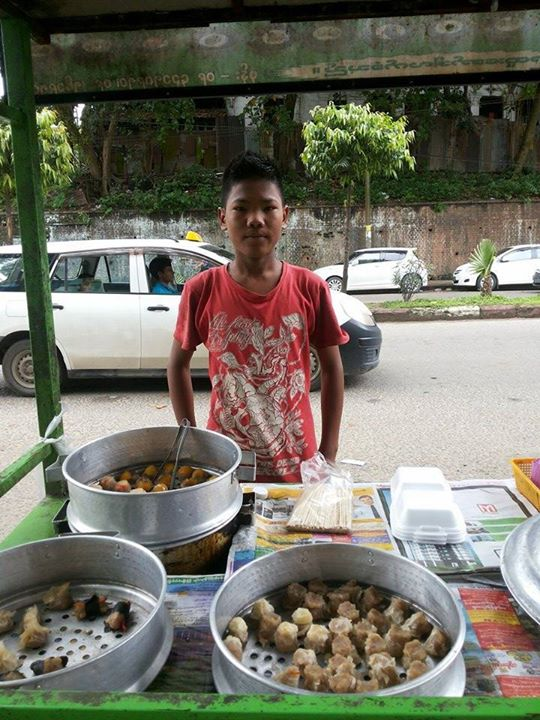 rangoon street vendor