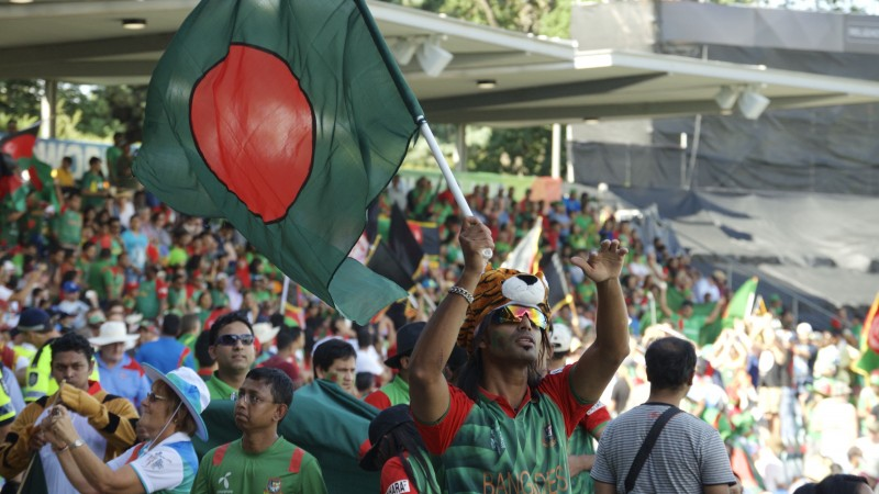 Bangladeshi supporters. Image by Rezwan (18/2/2015)
