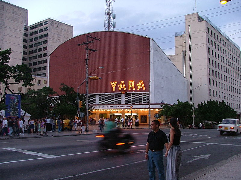 Yara Cinema in downtown Havana. Photo by Sandino235 via Wikimedia (CC BY-SA 2.5)