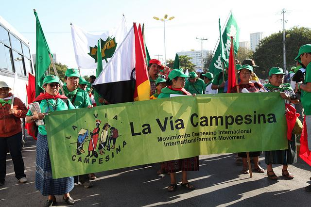 A march by La Via Campesina (Ian MacKenzie / Creative Commons)