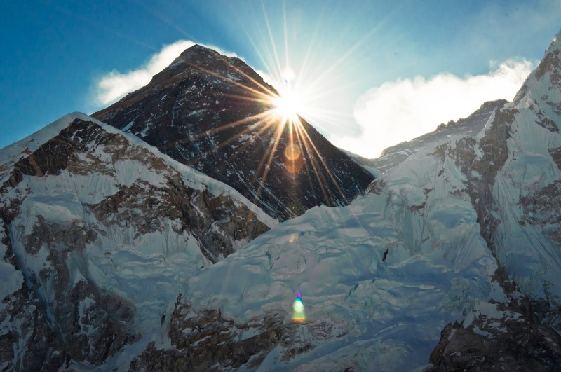 Sunrise at Everest on March 18, 2014 Image by Flickr user Hendrik Terbeck (CC BY-NC-SA 2.0)