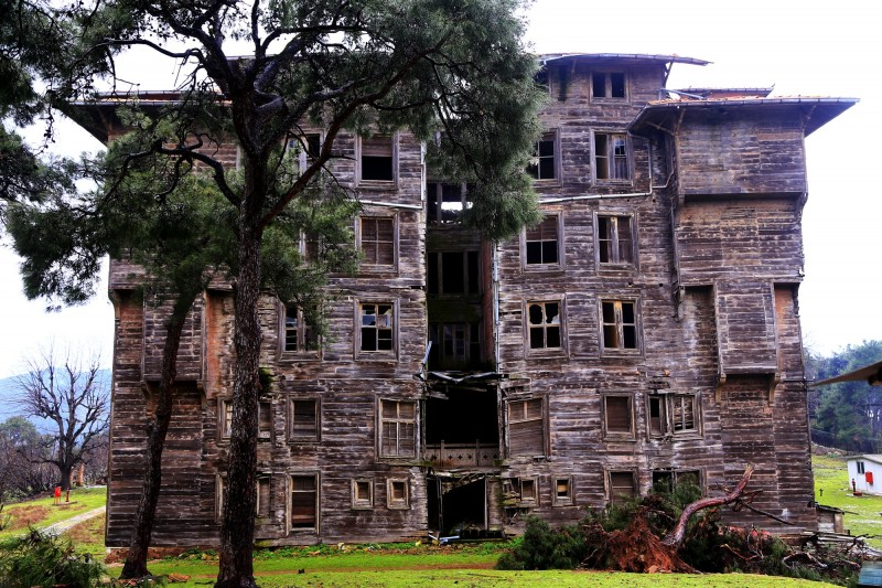 The old Greek Orphanage on Buyukada/Prinkipo island near Istanbul. Screenshot from Istanbul: The Politics of Architecture by John Lubbock