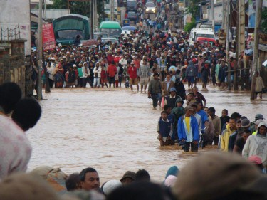 Flood in Madagascar via Tsimoka Gasikara