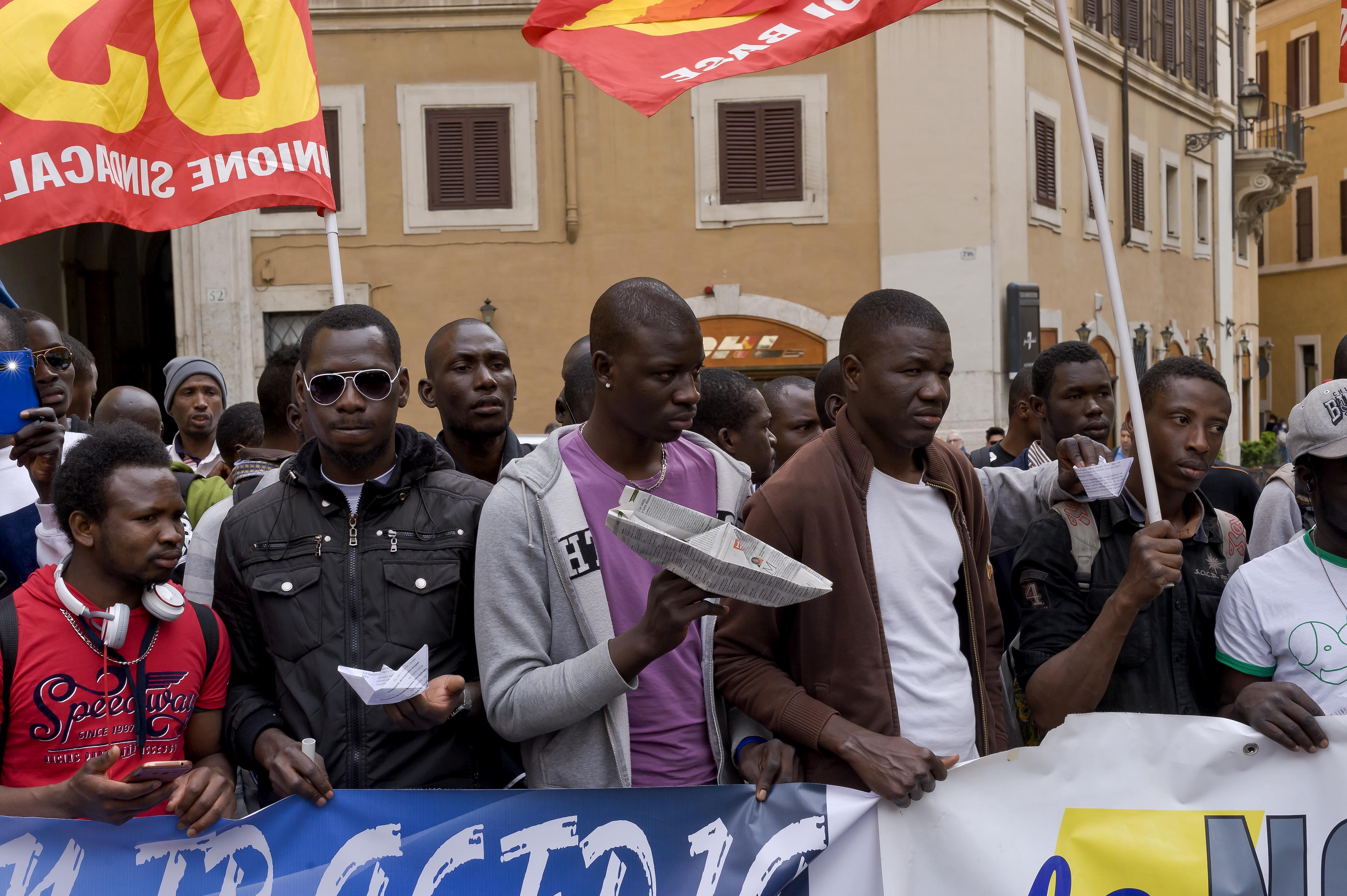 Crowds joined a rally in Rome's Piazza Montecitorio in the aftermath of a shipwreck that caused the deaths of hundreds of migrants, calling for a change in immigration policies and the right to freedom of movement in Europe. Photo by Stefano Montesi. Copyright Demotix