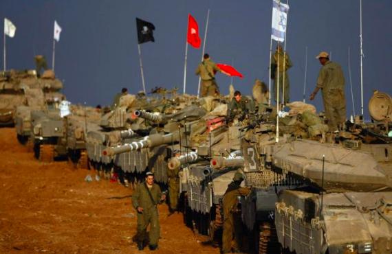 Israeli Army tanks by the Gaza border (Amir Farshad Ebrahimi / Creative Commons)