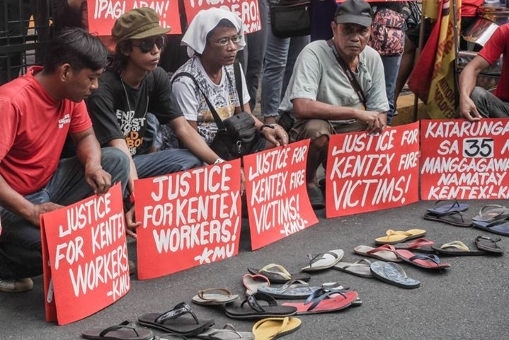 Workers group express sympathy for the victims of the Kentex factory fire. Photo Credits: Tudla Productions.