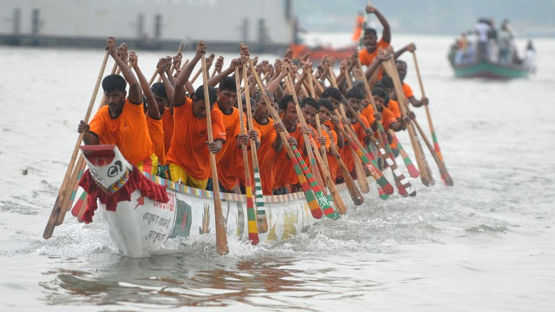 In rainy season rivers are full to the brim. People arranged boat races competition. Images by Indrajeet Ghosh. Copyright Demotix (28/09/2013).