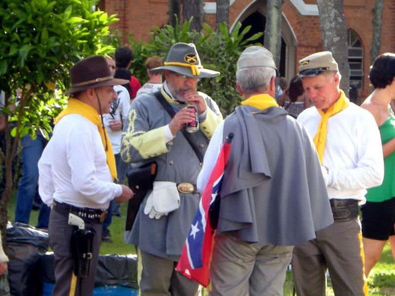 Descendants of Americans during Confederado feast in Santa Bárbara d'Oeste. Photo by Felipeattilio. CC BY-SA 3.0