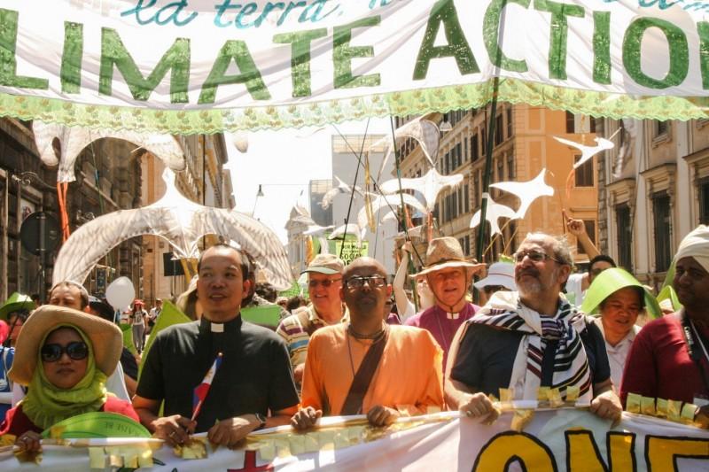 Photo credit: Hoda Baraka/350.org
