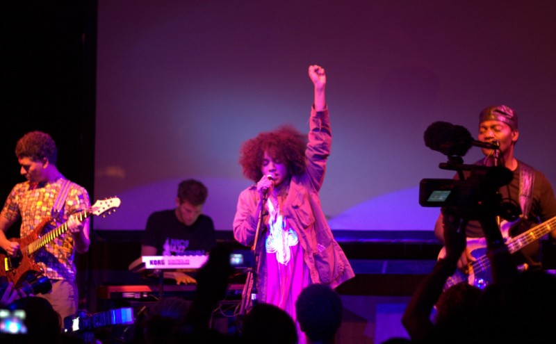 Nneka at Cargo, London in 2009. Photo by Flickr user Andy Lederer. CC BY-NC-ND 2.0
