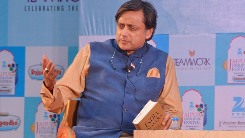 Shashi Tharoor speaking at Jaipur literary festival. Image by Jim Ankan Deka. Copyright Demotix (23/1/2015)