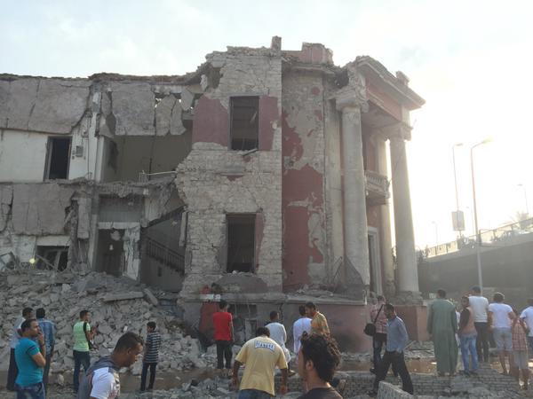 Giornalisti arrestati per aver coperto la bomba davanti al consolato italiano del Cairo