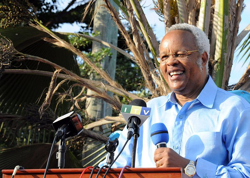 Former Tanzanian Prime Minister and main opposition presidential candidate Edward Lowassa. Photo by TZA One and released under Creative Commons.