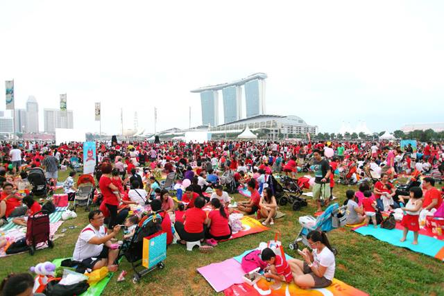 Start of the jubilee weekend. Photo from the Facebook page of Singapore50