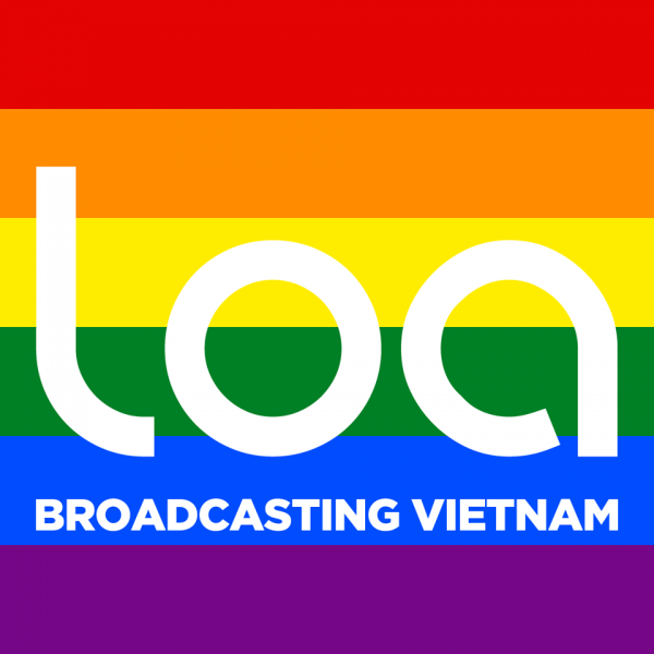 Loa's Facebook photo during the broadcast of the episode on VietPride 2015
