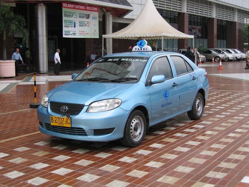 Taxi in Jakarta. Photo: Celica21gtfour (CC BY-SA 3.0)
