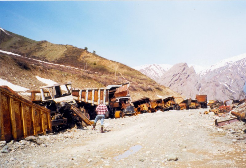 BelAZ dump trucks burned during the Civil War in Tajikistan. Wikipedia image.