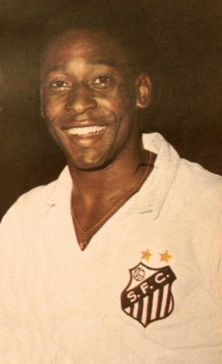 Pele in a Santos FC jersey in 1970. Public Domain photo by El Gráfico.