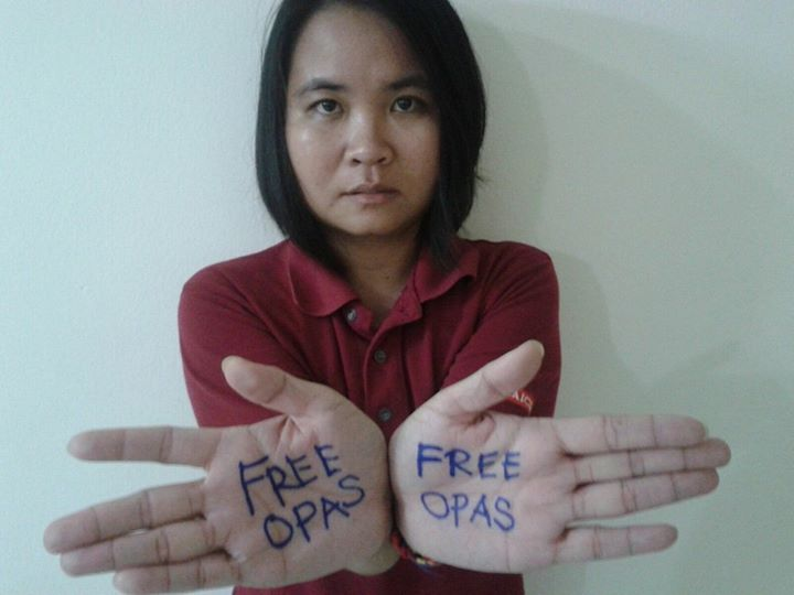 A Malaysian activist joins the 'Free Opas' campaign. Photo from the Facebook page of Yohana Sudarsono.