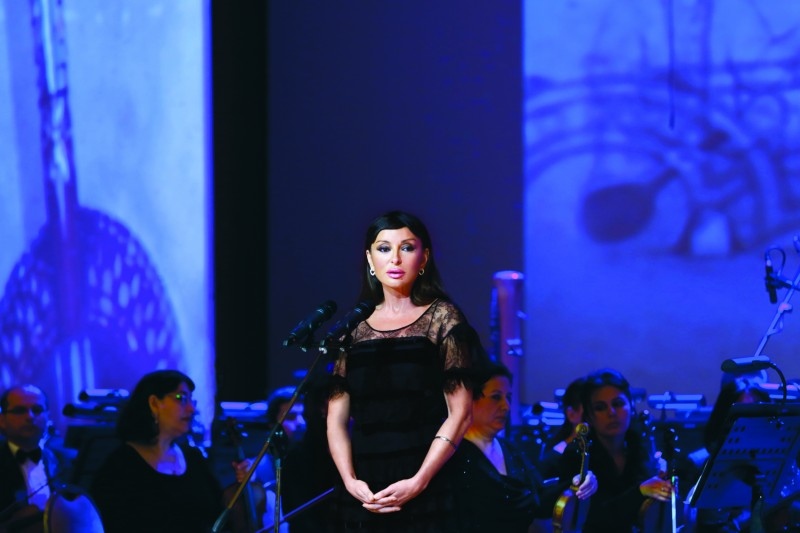 Mehriban_Aliyeva_in_openning_ceremony_International_World_of_Mugam_Festival