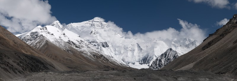 """20110810 North Face of Everest Tibet China Panoramic"" by User:Ggia - Own work. Licensed under CC BY-SA 3.0 via Commons."
