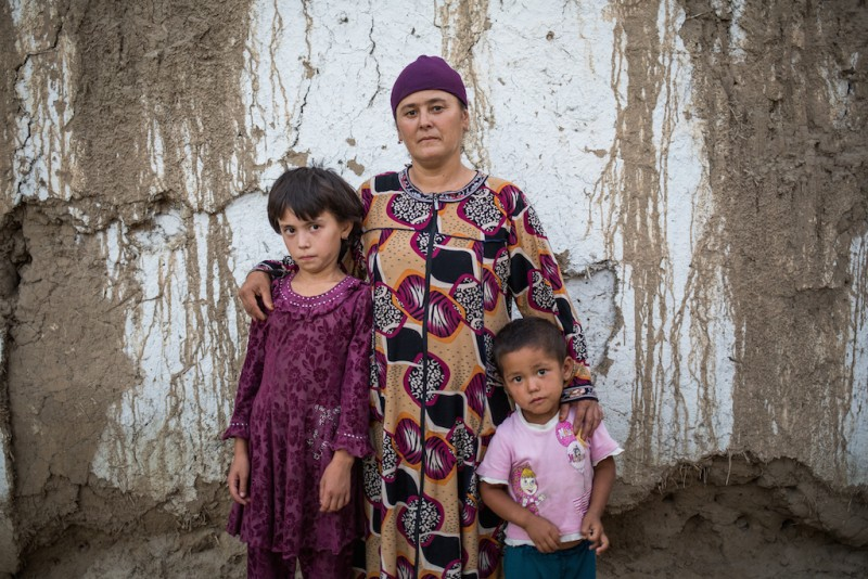 The family of a migrant worker who was imprisoned in Russia for three to five years for the unintentional death of a colleague on a construction site. The mother, Mastura, earns a living by helping her neighbors with household chores and washing dishes at weddings. The youngest daughter was only one week old when her father left for work. Aravan rayon, Osh oblast.